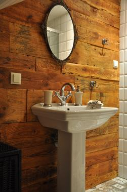 łazienka w pokoju lazurowym